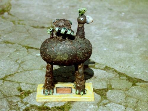 Fotograf: Eget fotoVærk  titel: Fåret Fugl Værk  type: skulptur Færdiggjort: 1999