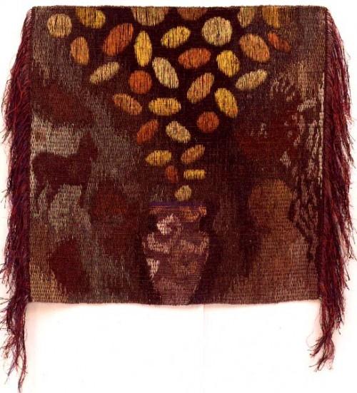 Fotograf: Per WissingVærk  titel: Guldmønterne Værk  type: Billedvævning Materiale: Sisal, hør, guld- og kobbertråd Størrelse: 100 x 100 cm Færdiggjort: 1992
