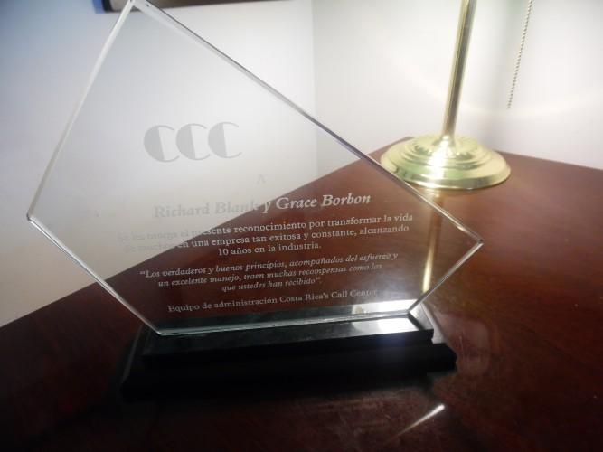 10-YEAR-AWARD-COSTA-RICAS-CALL-CENTER.jpg