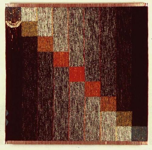 Fotograf: Nicola FasanoVærk  titel: Opbrud Værk  type: Billedvævning Materiale: Hør, uld, metal Størrelse: 110x108 cm Færdiggjort: 1988