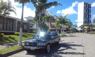 Torre Rohrmoser. COSTA RICA MERCEDES W123 LANG LIMOUSINE TOURS